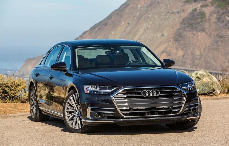 Audi nổi bật với logo 4 vòng tròn liên kết với nhau