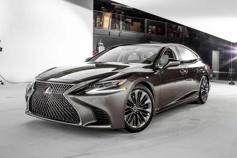 Lexus LS Luxury Sedan