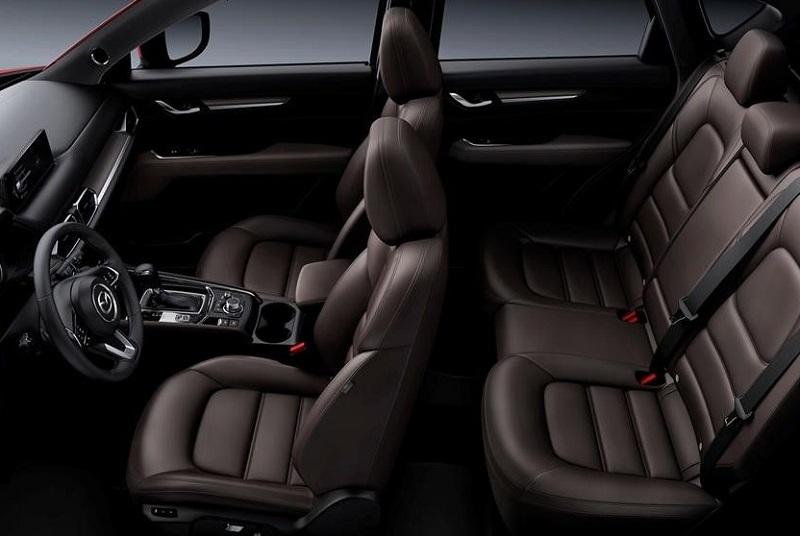 Mazda CX-5 được đánh giá cao về nội thất cao cấp