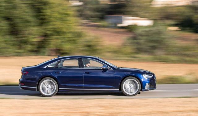 Audi S8 được đánh giá là dòng xe Sedan cỡ lớn khá tiết kiệm nhiên liệu