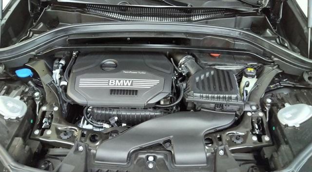 Động cơ xe BMW X1