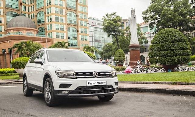 Ngoại thất ấn tượng của xe Volkswagen Tiguan Allspace Highline